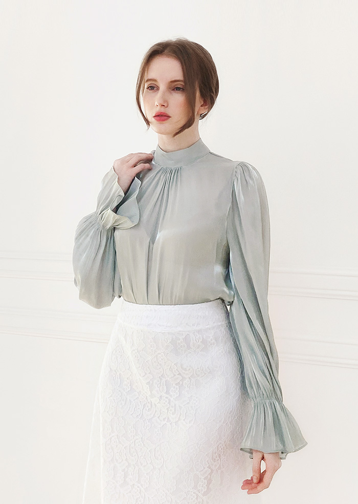 Daisy Satin Blouse (Mint)