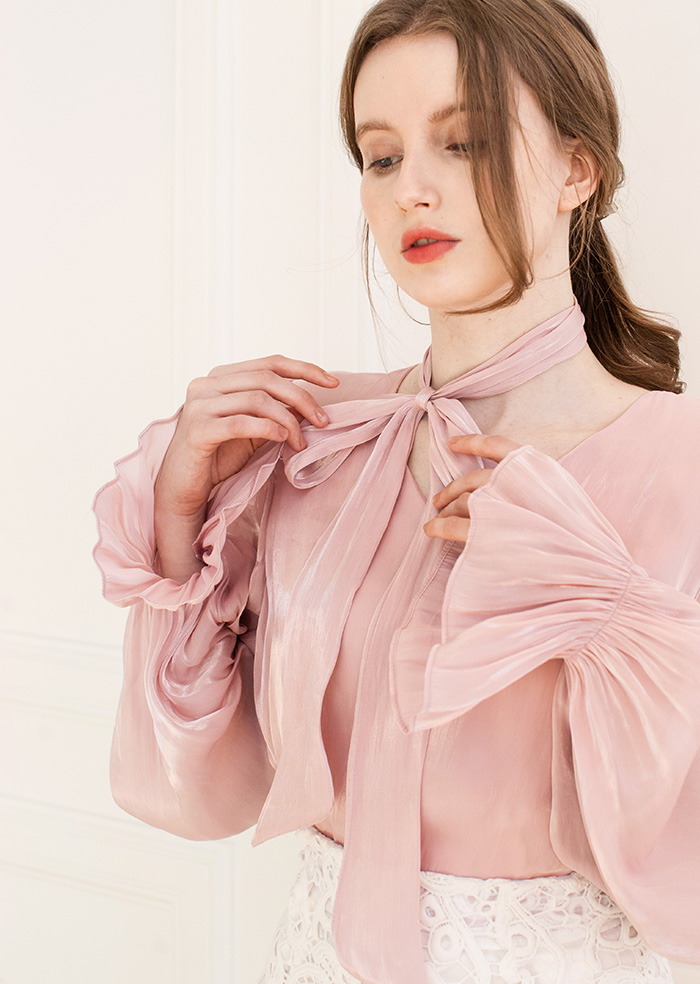 Daisy Satin V-neck Blouse (Pink)