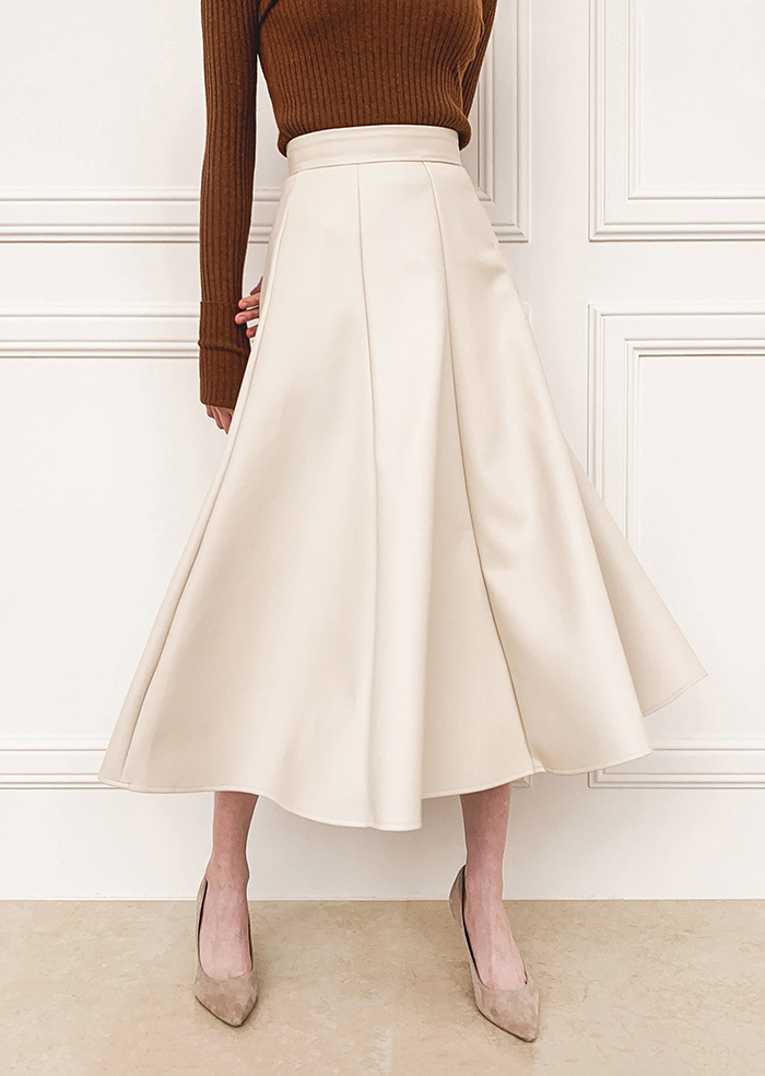 Leather Long Skirt (Beige)